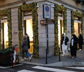 MILAN, ITALY - DECEMBER 10: A general view of Christmas decorations in Via Monte Napoleone on December 10, 2020 in Milan, Italy. While decorations go up to celebrate the holiday season, Italy has banned travel and midnight mass during the Christmas and New Years period as the daily coronavirus death toll continues to rise. (Photo by Vincenzo Lombardo/Getty Images)